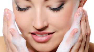Μακιγιάζ για Λιπαρές Επιδερμίδες
