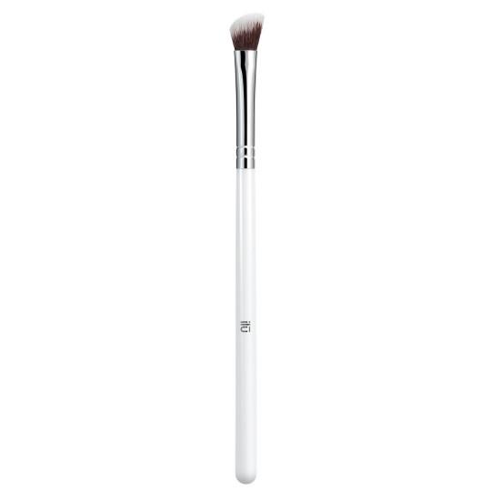 ilu 417 Angled Eyeshadow Brush