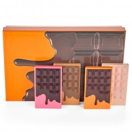 I Heart Revolution Mini Chocolate Vault Gift Set