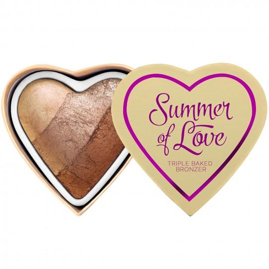 I Heart Revolution Blushing Hearts Bronzer - Hot Summer of Love
