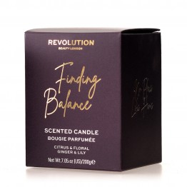 Makeup Revolution Scented Candle - Finding Balance